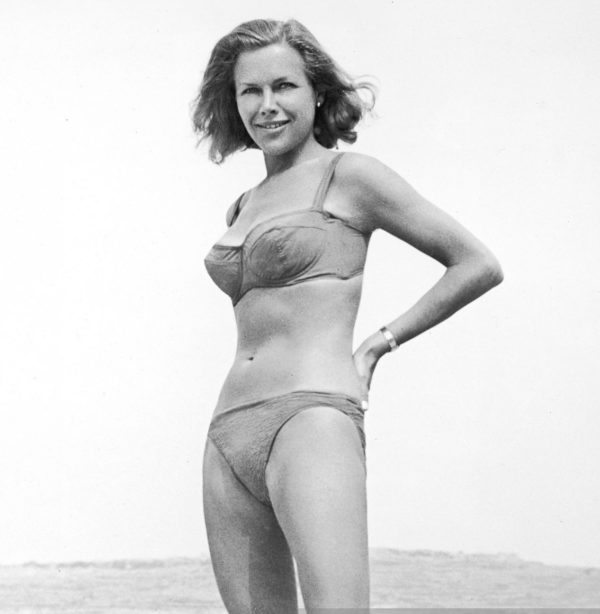 Actress Honor Blackman Dead at 94