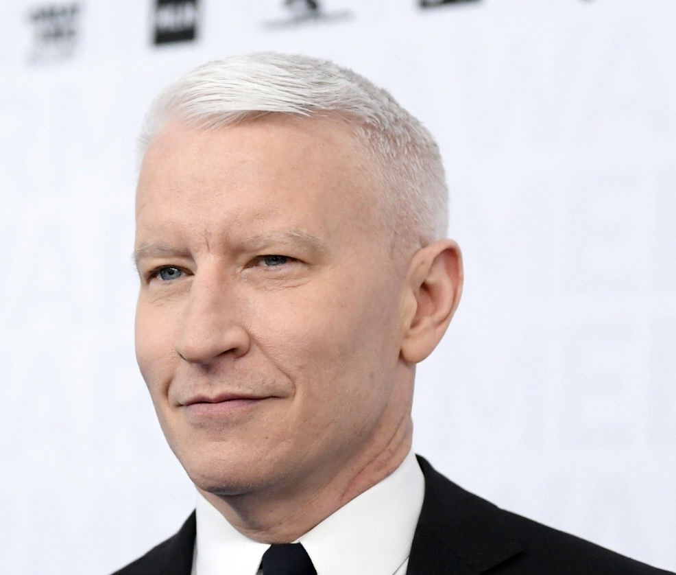 Anderson Cooper Talks to Kelly and Ryan