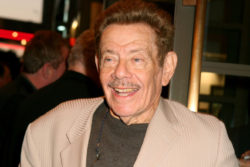 Jerry Seinfeld Pays Tribute to Jerry Stiller